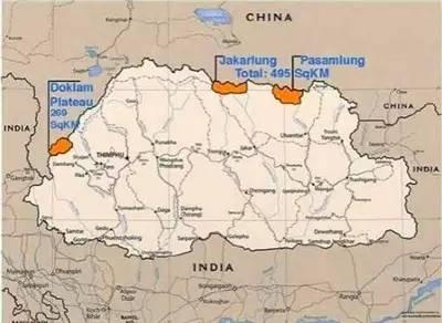 社会 正文  印度所绘地图,白色为不丹,最左边橘黄色小块为洞朗地区(图