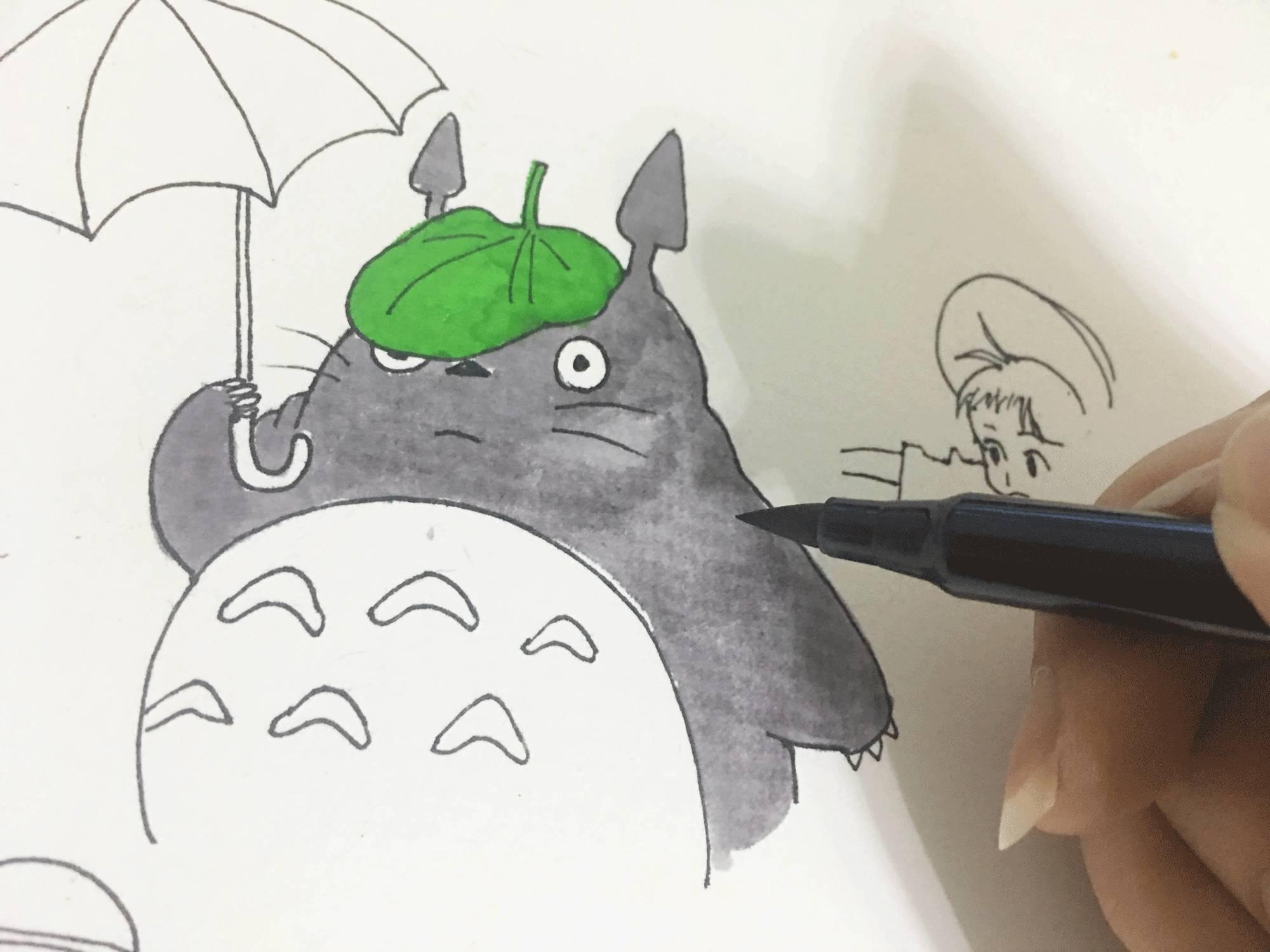 铅笔画卡通人物龙猫