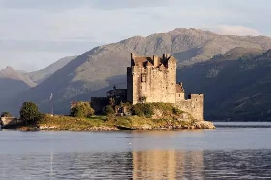 全球最美的25座城堡,简直像进入了梦幻童话世界图片