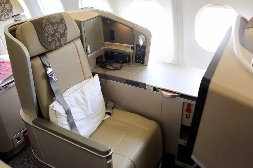 重发 东航A330商务舱哪款合你意 教你分辨E H和L的机秘