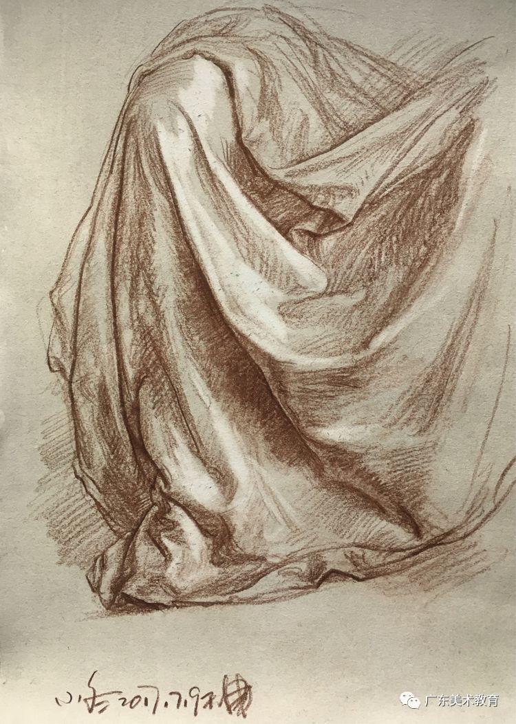 细节素描 布褶的画法解析学习秘籍