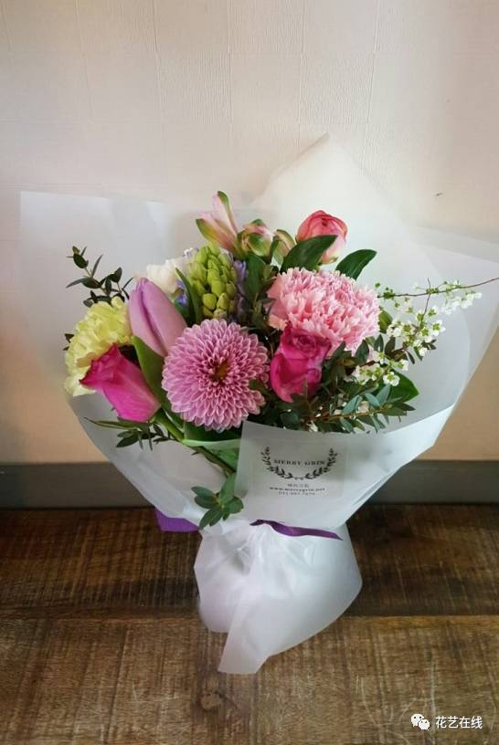 纸包花的包法_怎样包一束花-一周送一束花98元包月/怎样包鲜花/圆形花束包装 ...