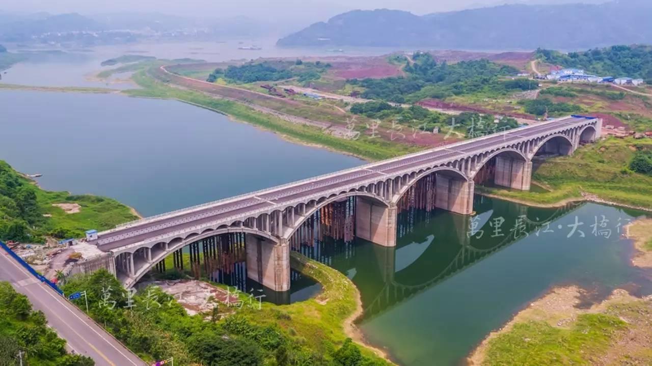【万里长江·大桥行】过此桥,可登桃花岛