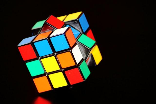 魔方的科学原理是什么意思_魔方mr2什么意思图片