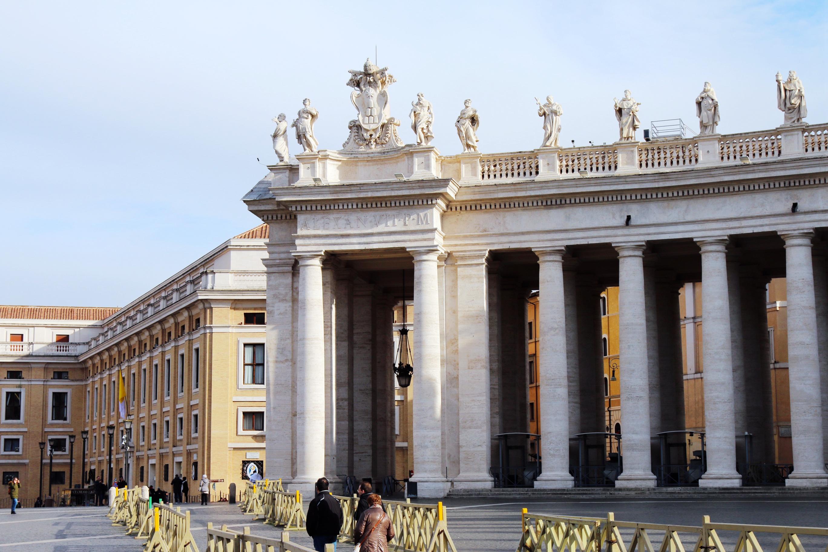 圣彼得大教堂,华丽到令人窒息