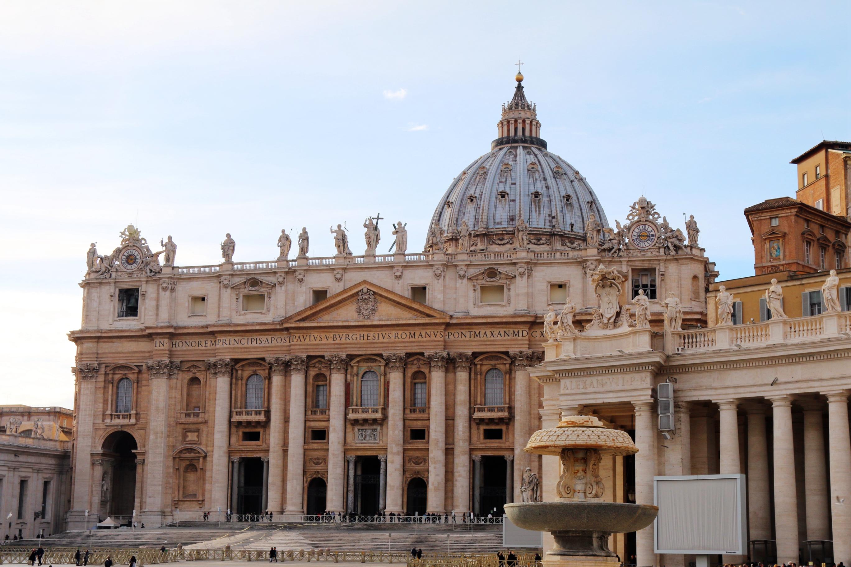 生命的重建_圣彼得大教堂,华丽到令人窒息