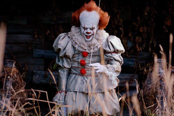 《小丑回魂》首映预期票房破5000万 或打破纪录