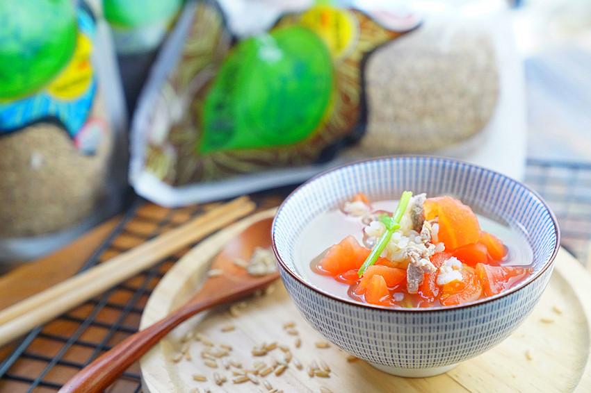 糙米番茄牛肉汤,有糙米的汤是汤还是粥