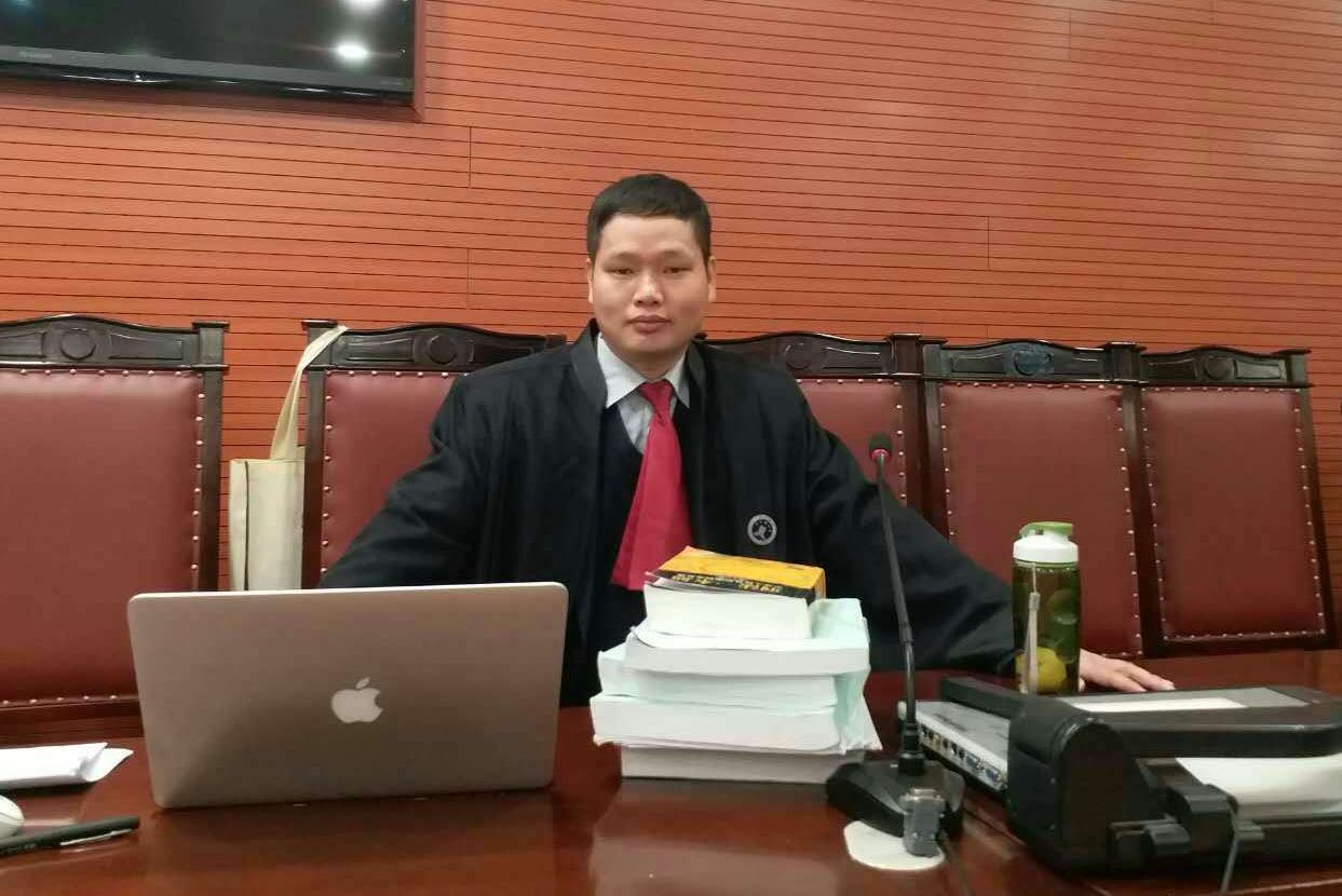 毒品犯罪辩护律师王如僧:吸毒构成犯罪吗?