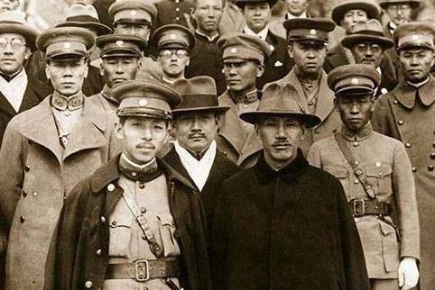 為什么北洋軍閥最后都歸順于蔣介石
