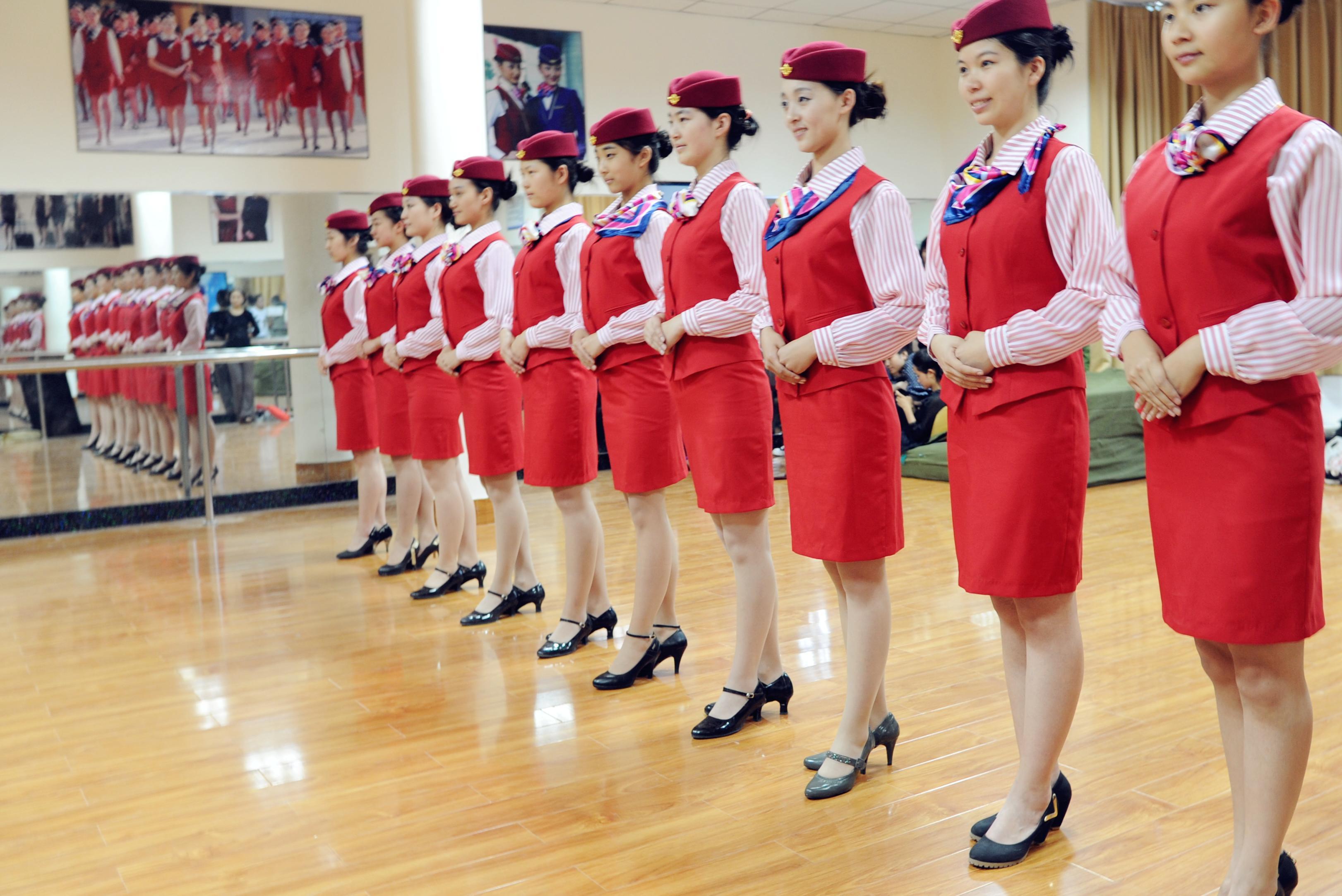 甘肃东方航空高铁学校:空姐面试需要注意什么