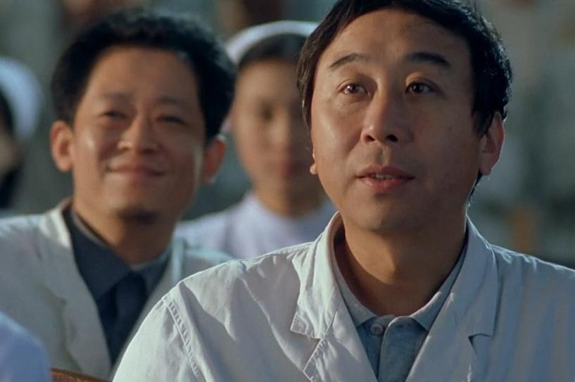 是相声演员也是金鸡影帝,盘点三十年来冯巩出演的电影角色