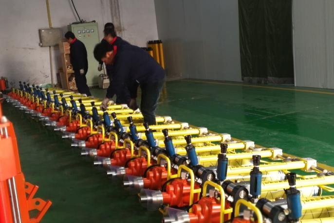 最新款气动锚杆钻机面市甘肃,使用这款墨隆钻机可提高30%效率!图片